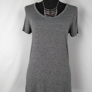 a.n.a a new day Gray Super Soft Tee T-shirt Small